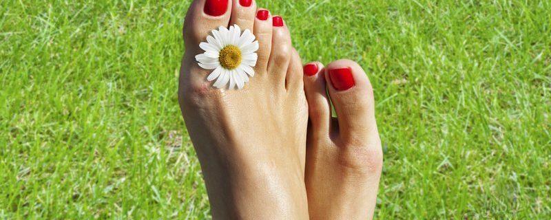 Неприятный запах ног!!! Причины и лечение!!!